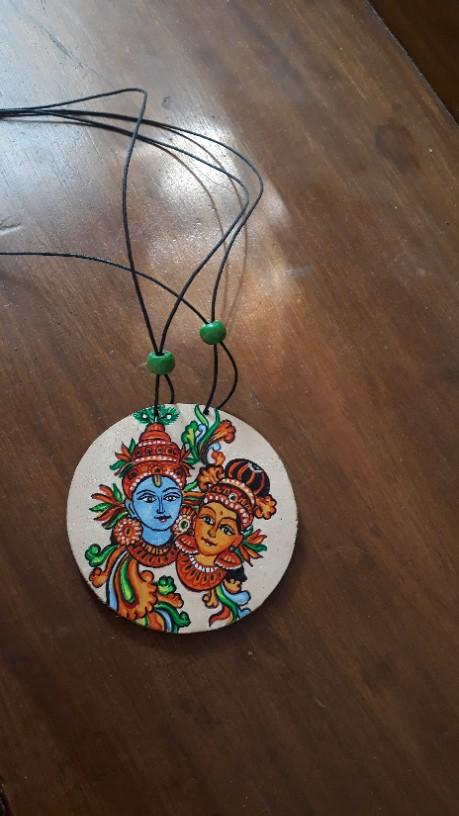 wooden neckpiece